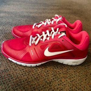 Nike Training Move Fit Flywire Pink Athletic Shoes